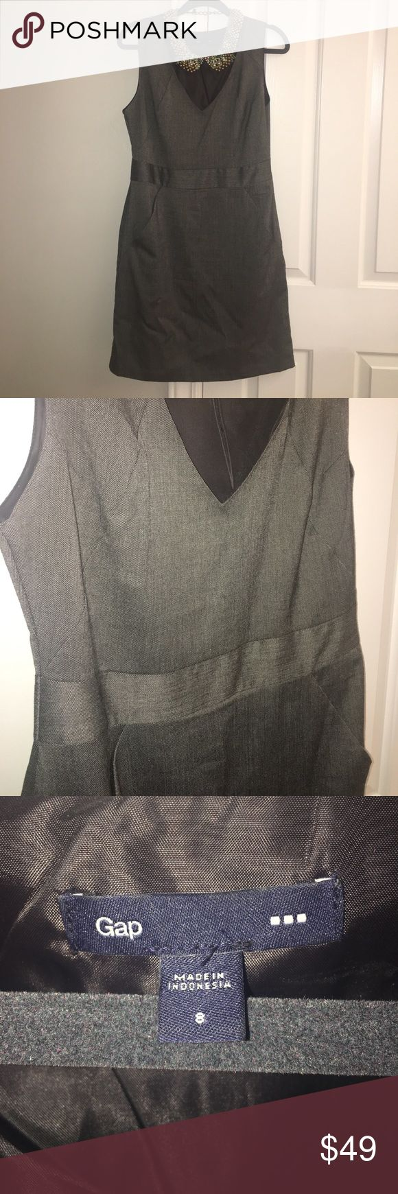 GAP dress - perfect for work! SZ 8 GAP - SZ 8, sheath dress, pockets! Zips up the side. Very versatile, just add a necklace and go! (CL) GAP Dresses Midi