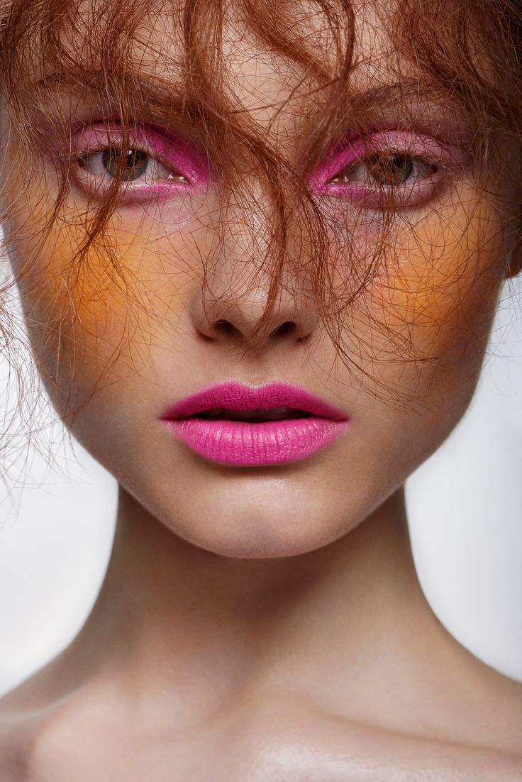 Orange and pink make up