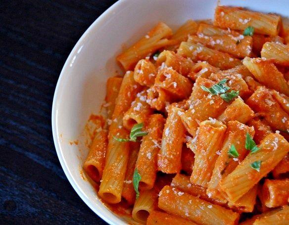 Tomato Chipotle Cream Sauce-like my favorite Big Rig Pasta at Oreganos