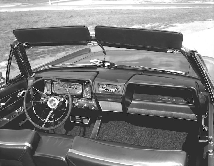 the 1961 lincoln continental four door convertible instrument panel lincol. Black Bedroom Furniture Sets. Home Design Ideas