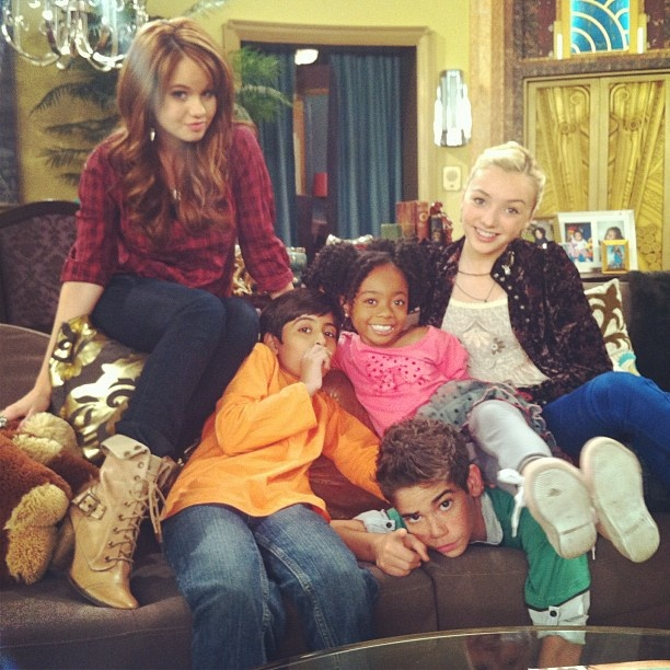 Disney channel Jessie cast!