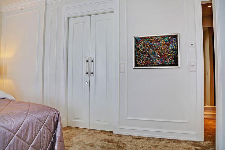 D'angleterre Suite | custom sliding door made by Vahle doors