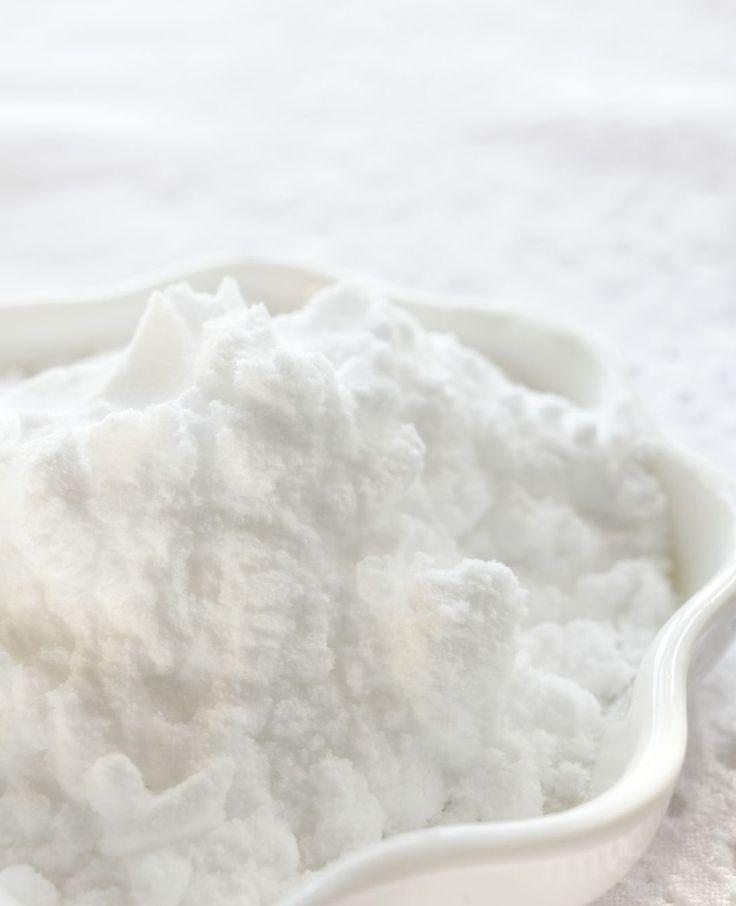 Droogshampoo maken in de keuken. Simpel, snel en de ingrediënten staan waarschijnlijk al in je keukenkastje! | Flairathome.nl #FlairNL
