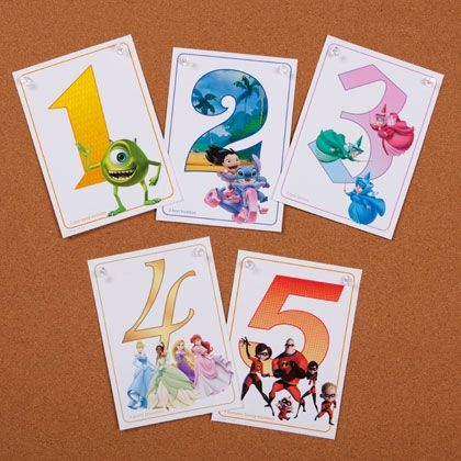 Disney Numbers free printable from @Spoonful and perfect to use in your scrapbooks or Project Life pocket pages. Matches perfectly with the Honey and Rose editions of Project Life.