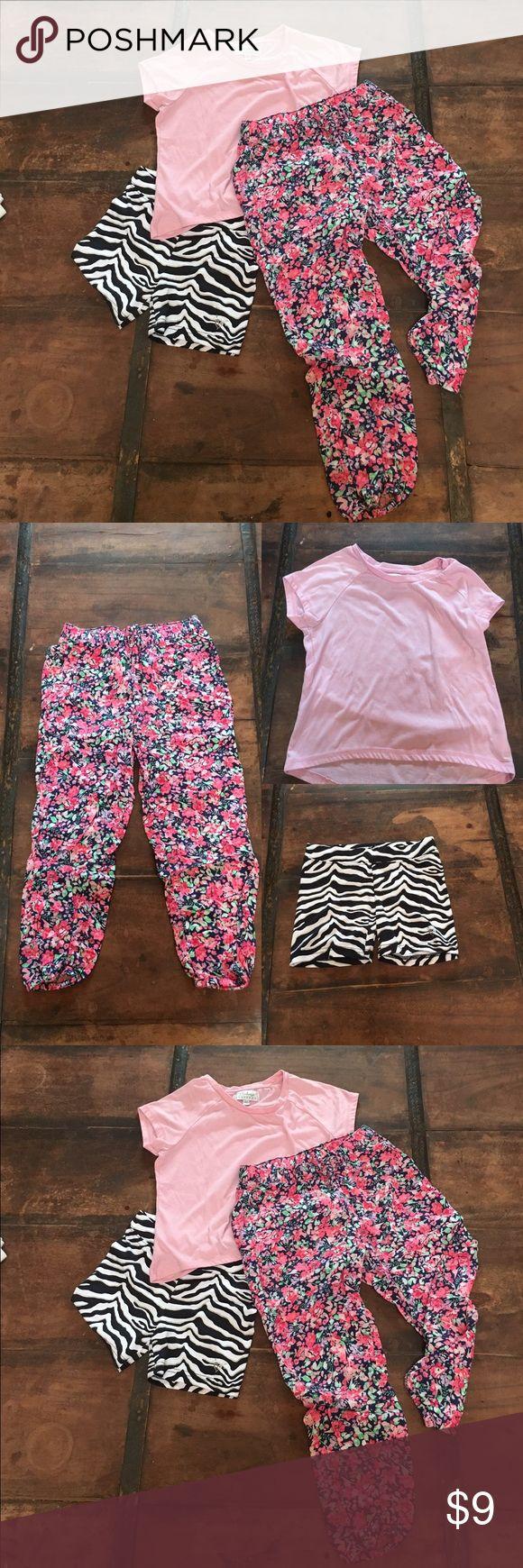 ✨3 for 20✨Flower pants pink T-shirt @ short Flower  soft pants pink T-shirt Black and white short Other