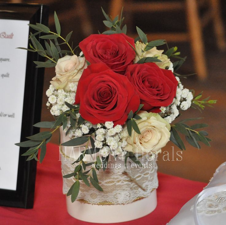 #rustic #red #white #champagne #wedding #toss #bouquet #lace #burlap
