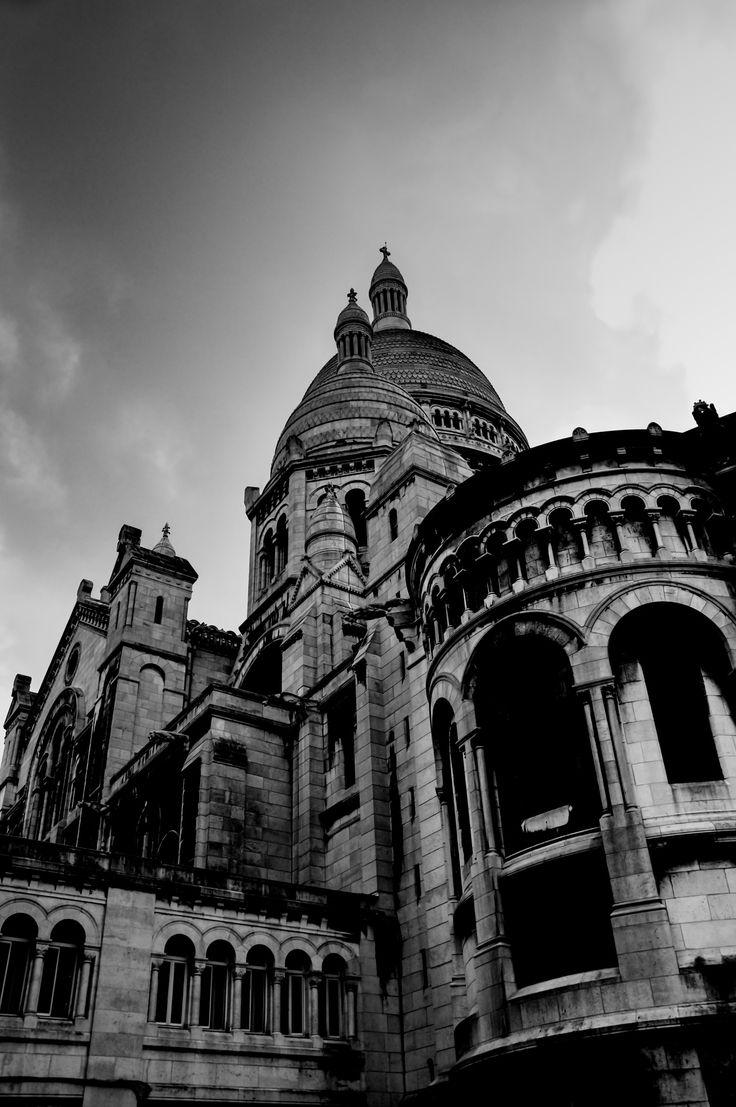 Montmartre - Basilique du Sacre Coeur à Paris.