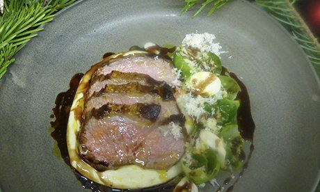 How to cook chump of lamb roasted with Christmas tree – recipe