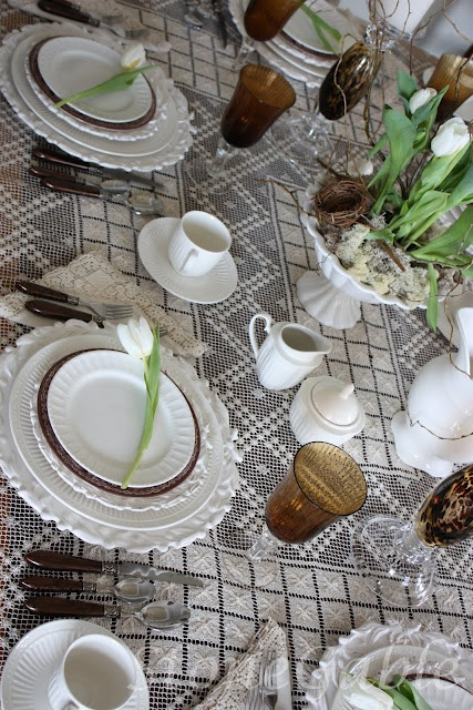 Neutrals and Natural and White Table