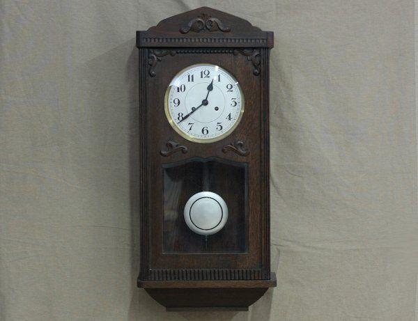 Дубовые настенные часы с боем