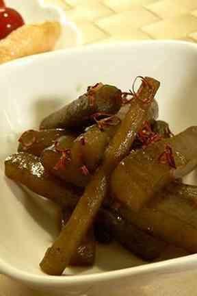 ご飯がすすむ・ごぼうとこんにゃくの炒め煮