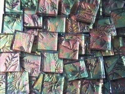 Sie sind 100 Stück-Prämie von handgeschliffenes Van Gogh grün Kupfer GOLD Mosaik-Fliesen kaufen. Diese Fliesen sind handgeschliffenes Stück für Stück, und die Größe beträgt ca. 1/2 x 1/2 x 1/8 Dicke, nicht Quadrate, lose im Beutel. Diese Fliesen sind auf der Rückseite genau wie die Spiegel beschichtet, einseitig ist, wie es im Bild zu sehen, die andere Seite beschichtet ist.Sie sind Licht nicht durchschauen, die Farbe der Fliesen wird nicht verblassen, wird für immer so bleiben...