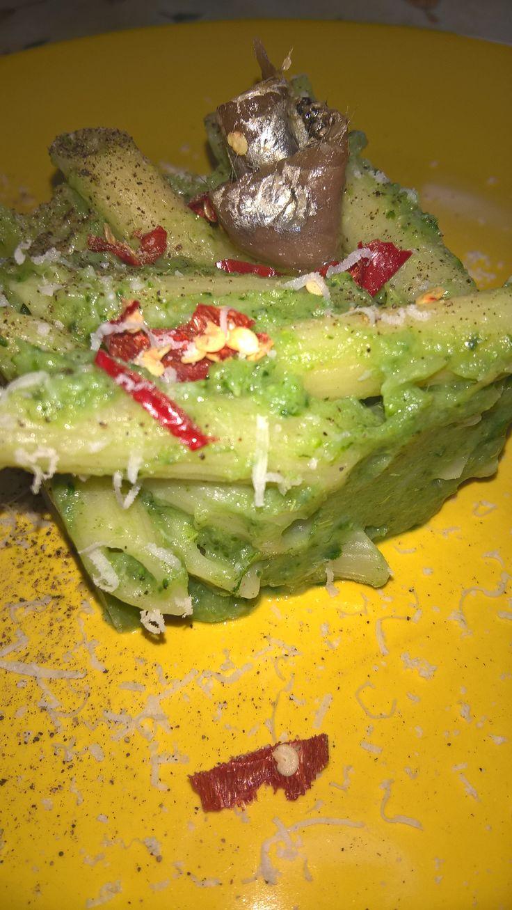 Penne al pesto di broccoli