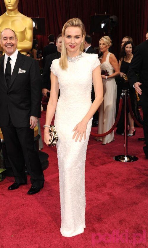 Oscary 2014: Naomi Watts w kreacji Calvin Klein Collection. Skromna i urocza suknia, która może stać się inspiracją Panien Młodych