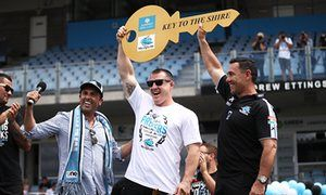 Sharks captain Paul Gallen and coach Shane Flanagan receive the key to the Shire during the Cronulla's NRL Grand Final celebrations at Southern Cross Group Stadium.