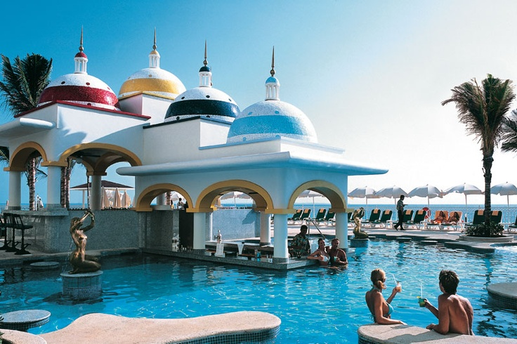 Riu Cancun awaits you! Re-pin and let Grand Turizmo Travel find the best Cancun vacation deal for you. www.grandturizmo.com