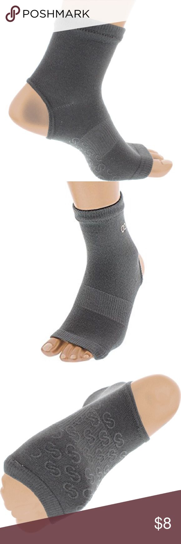 2 PAIRS - Calia by Carrie Underwood Grip Socks Like new, never worn. 2 pairs grey stirrup grip socks for barre, Pilates or yoga. Retail for $20 and super hard to find! CALIA by Carrie Underwood Other