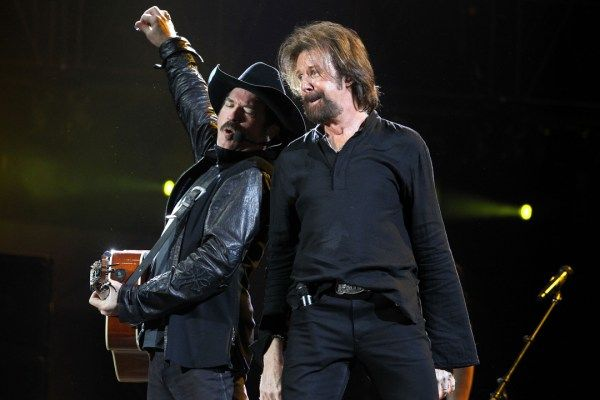 Remember When Brooks & Dunn Played Their 'Final' Show? https://link.crwd.fr/2iHY