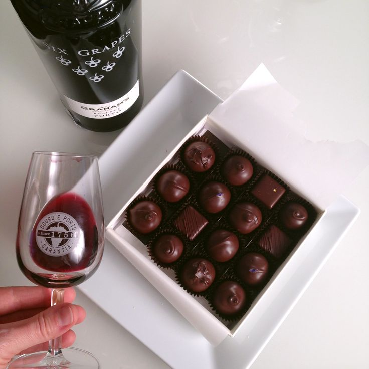 Best Wine With Dark Chocolate 18 best wine videos images on pinterest fotografia pay attention recommended technique on how to make great wine and chocolate pairings maybe a fun idea sisterspd