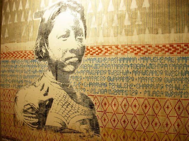 MUJER ORIGINARIA / PUEBLOS NATURALES  Tehuelches, Diaguitas, Calchaquíes, Matacos, Guaraníes, Querandíes (fueron los que mataron a Juan de Garay en el año 1583. ), Charrúas, Quechua, Aymara, Quilmes, Tobas, Wichi, Mbya-guaraní, Toba, Pilagá, Mocoví, Vilela, Tapiete, Ava-Guaraní, Chulupí, Chorote, Chané, Kolla, Onas, Selknam, Yámanas, Mapuches (mapu `tierra'; che `gente'), Araucanos, Ranqueles y mas pueblos de toda america .