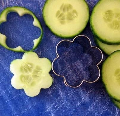 Fruit & Vegetable carving - Flower cucumbers -