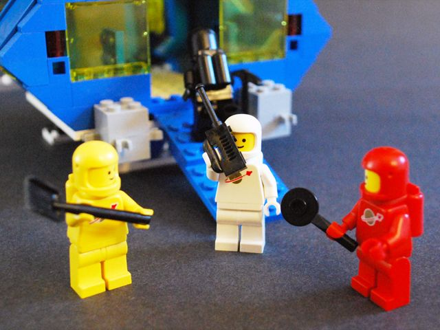 What am I supposed to do with this shovel? #LEGO Lego lego