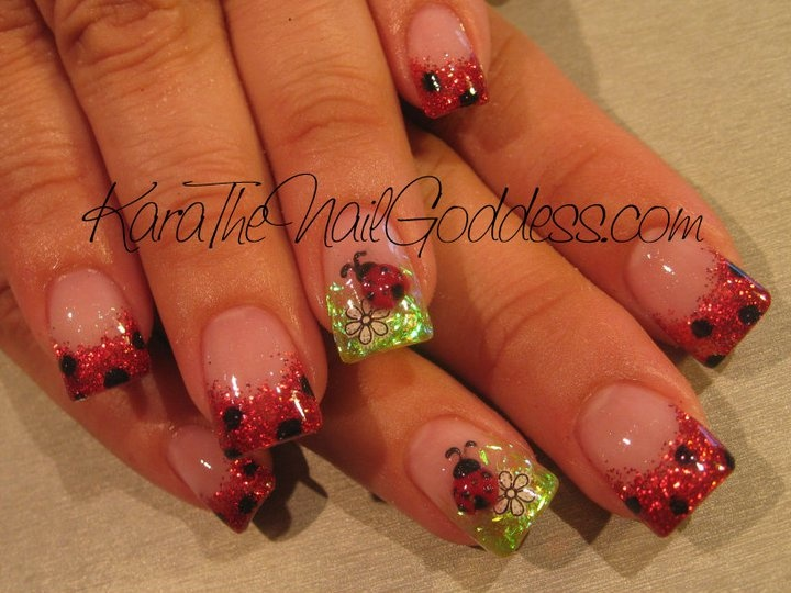 Ladybug nails. I would never do this but they are so cute!