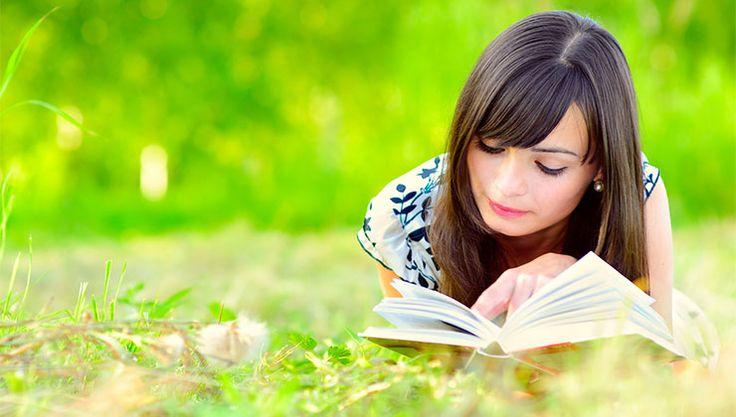 Waarom is de Bijbel belangrijk? De Bijbel is het belangrijkste boek ter wereld. Eenvoudig omdat de Bijbel Gods woorden bevat. Als je de Bijbel leest, lees je een boodschap van God zelf.