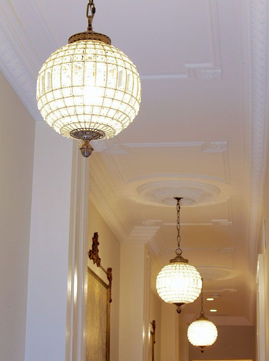 beautiful ceiling decor with ceiling medallions -