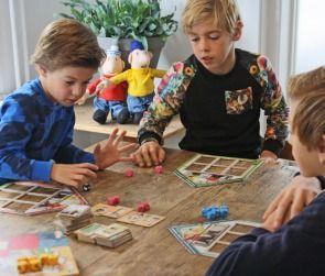 Het spelen van spellen - goed voor de ontwikkeling van kinderen.