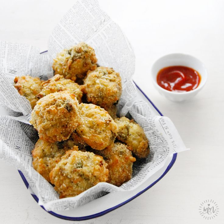 Broccoli Bites- recipe from Sarah Wilson's Simplicious #IQS #IQuitSugar #simplicious