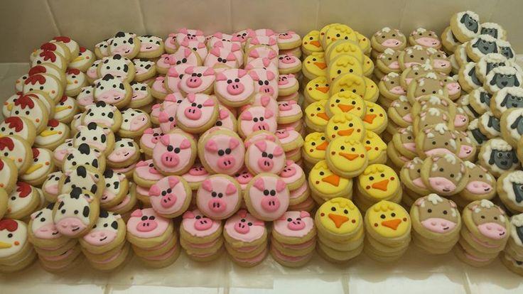 Mini farm animal cookies