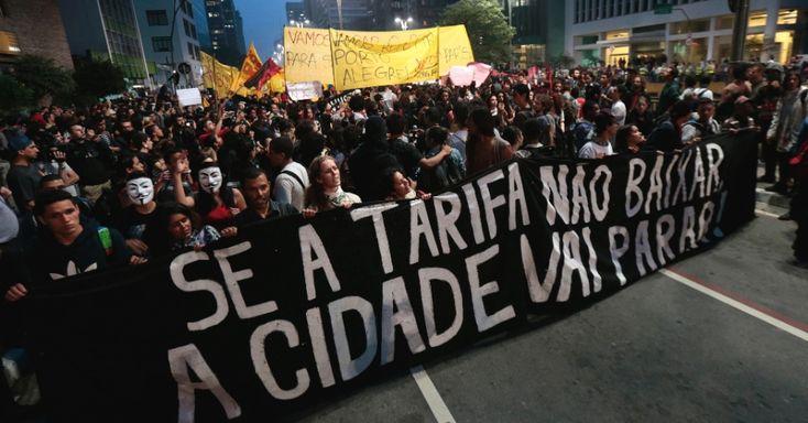 LICITAÇÃO DO TRANSPORTE CANCELADA: O prefeito de São Paulo, Fernando Haddad (PT), anunciou na quarta-feira (26) o cancelamento do processo de licitação para a contratação das empresas de ônibus que realizarão o serviço pelos próximos 15 anos. A licitação estava prevista para acontecer em julho e tinha valor estimado em R$ 45 bilhões. A medida veio após a série de protestos contra o aumento da tarifa do transporte público na capital paulista.
