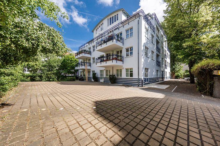 Familienfreundliches Wohnen unmittelbar an der Spree in Niederschöneweide: Unsere beiden Vorderhäuser und das Gartenhaus in der Britzer Straße verfügen über großzügige 2- bis 3-Zimmer Wohnungen.
