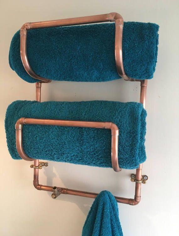 Copper Towel Holder Fits 2 Rolled Towels With Hooks For 2 Further Towels Or Bathrobes Underneath T Salle De Bains Sous Combles Seche Serviette Salle De Bain