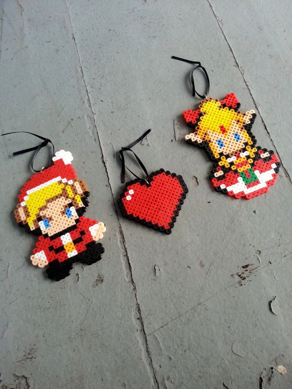 Détails du produit :  Ce sont 100 % fait main ornements darbre de la légende de Zelda Noël ! Ils sont fabriqués à partir des perles en plastique