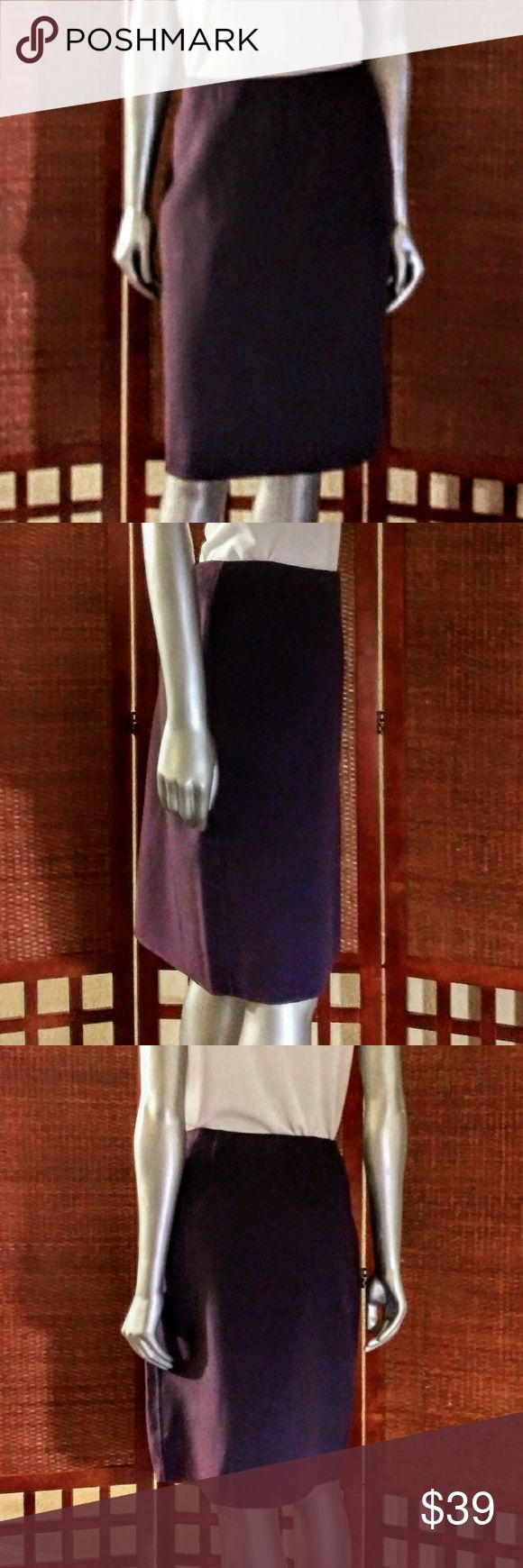 Ellen Tracy Purple 100% Wool Pencil Skirt Up your wardrobe game with this cute p…