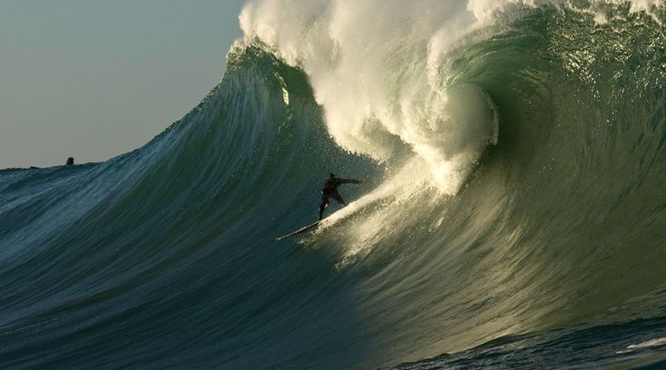 surfer:Shane Dorian  photo:Doug Acton  loc:Mavericks