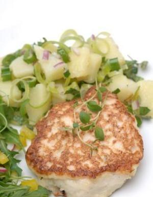 Fiskekaker med lun potetsalat | www.greteroede.no | Oppskrifter | www.greteroede.no