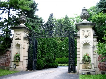 House entry to drivewayCreative Ideas, House Entry, Baroque Style, Driveways, Image, Gates, Fine Baroque, Country, House Decor