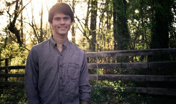 John Luke Robertson Net Worth: How rich is the television personality now