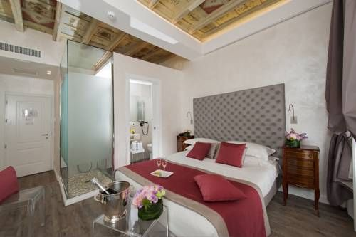 Hotel Navona (***)  TRICYA ACOSTA CABRERA has just reviewed the hotel Hotel Navona in Rome - Italy #Hotel #Rome