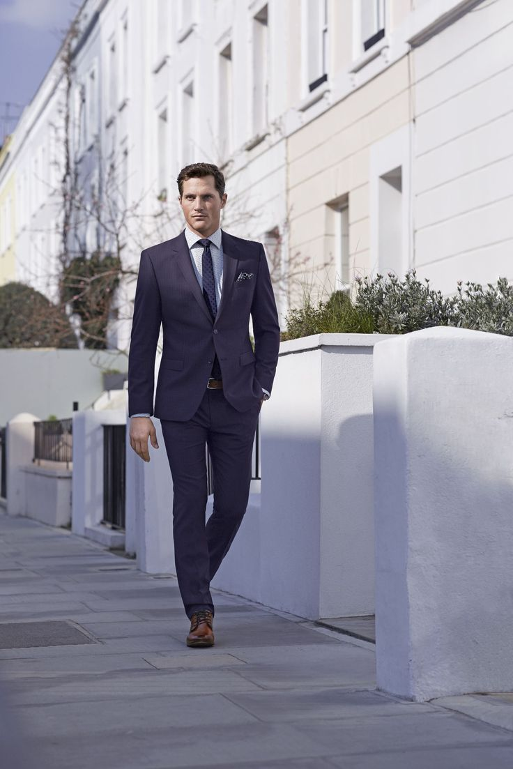 BUGATTI AUTUMN/WINTER 2016 I Fresh and ready for the working week? Creating a casual business look in a flash with our smart pieces. Try our new suit collection and you can totally concentrate on performing while you're well dressed. #bugattifashion #menswear #suits