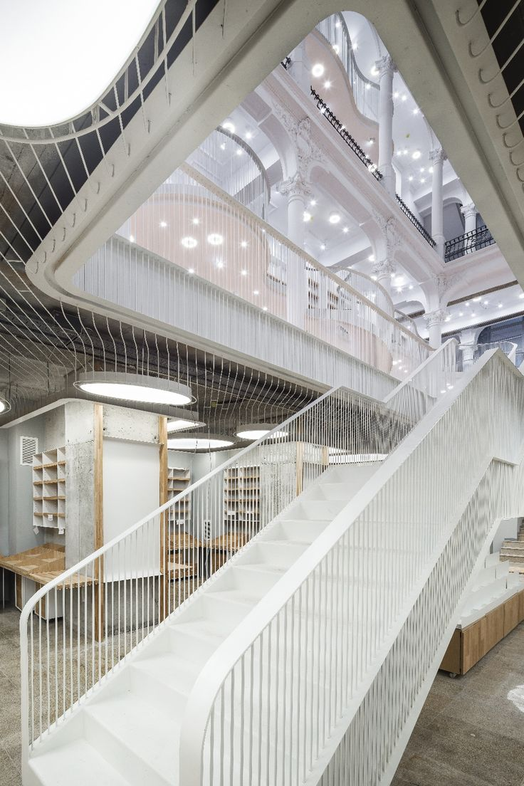 Cărturești Carusel Bookstore in Bucharest photographed before opening | photo by Cosmin Dragomir | carturesticarusel.ro #amazing #bookstore #carturesti