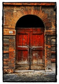 I love the patina of this door.