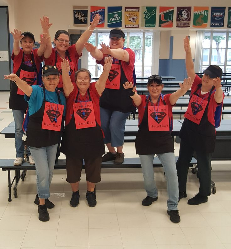 The cafeteria ladies at Chester Taylor celebrating School Lunch Hero Day 2017! | Pasco County Schools