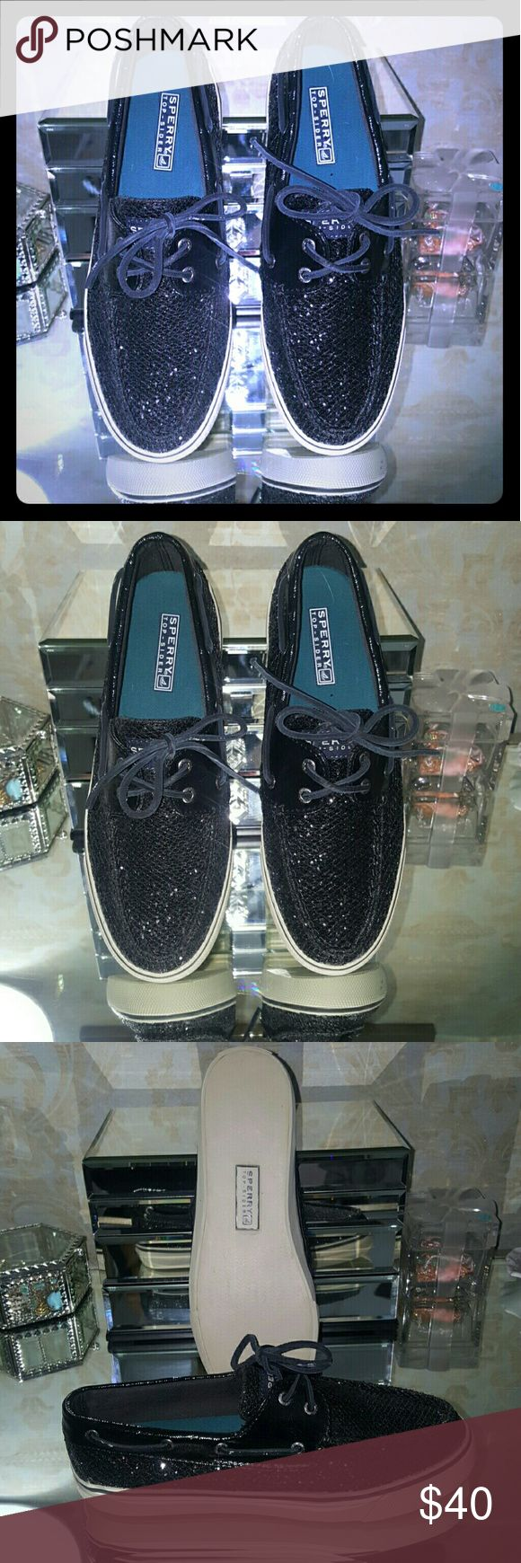 NWOT Sparkling Sperry Topsiders Brand new Never worn! Black Sperry Boat Shoes with leather laces. Sperry Top-Sider Shoes