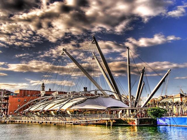 Genova - the old port #essenzadiriviera.com | www.varaldocosmetica.it