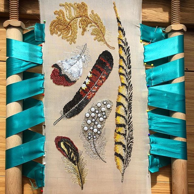 I set myself this project as a practice in #aari and #tambourembroidery.. practice makes perfect they say! I have loved designing and embroidering these #feathers will be developing the theme further :) #embroideredfeathers #beadembroidery #tambour #embroiderydesign #contemporaryembroidery #stitchersofinstagram #embroideryinstaguild #needlework