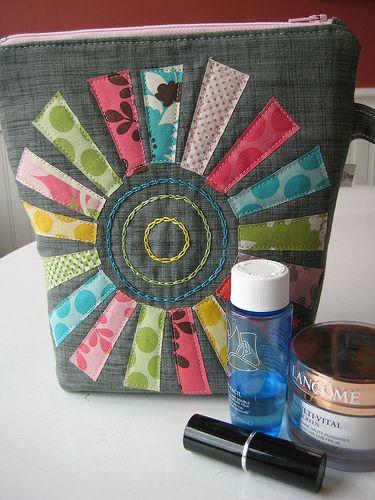 Poppyprint zipper pouch